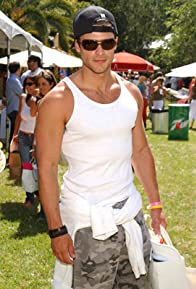 Primary photo for Greg Vaughan