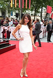 Lizzie Cundy Picture