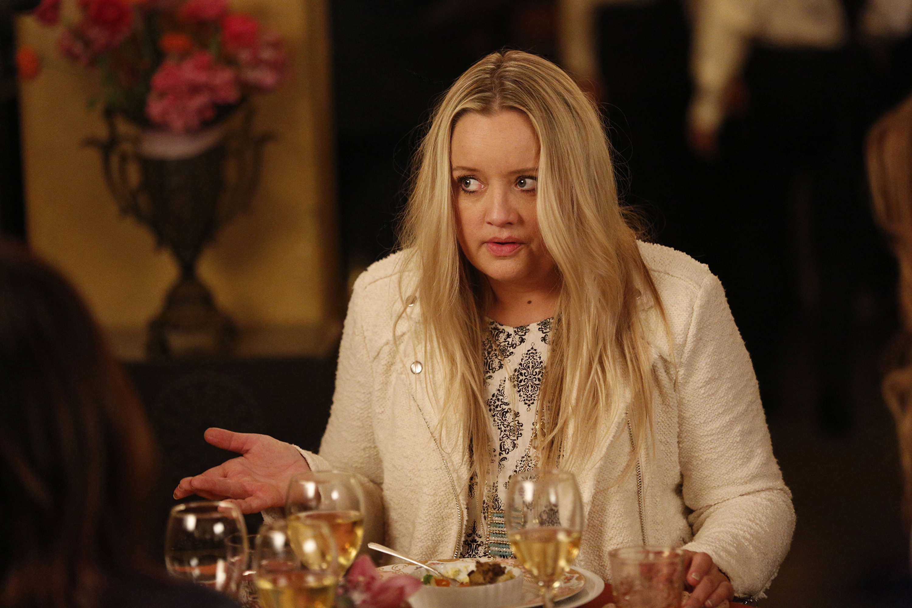 Lucy Davis in Better Things (2016)