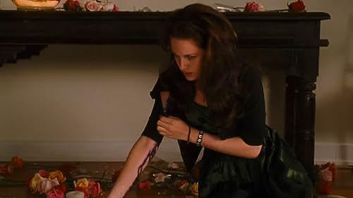 New Moon: The Twilight Saga -- Teaser Trailer # 1