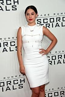 Rosa Salazar New Picture - Celebrity Forum, News, Rumors, Gossip