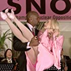 Marlon Wayans and Terry Crews in White Chicks (2004)