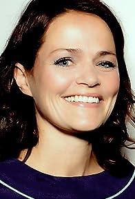 Primary photo for Alexandra Johnes