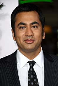 Primary photo for Kal Penn