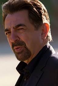Joe Mantegna in Criminal Minds (2005)