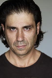 Jorge Molina Picture