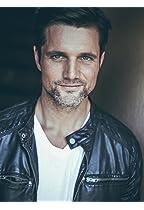Daniel Bradford (as Jason Smith)
