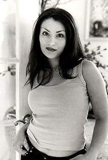 Roxanna Bina Picture