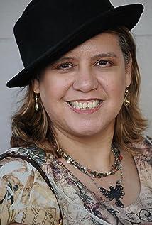 Stella Gomez Picture