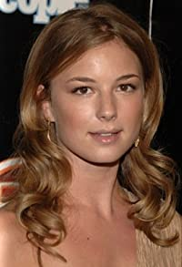 Primary photo for Emily VanCamp