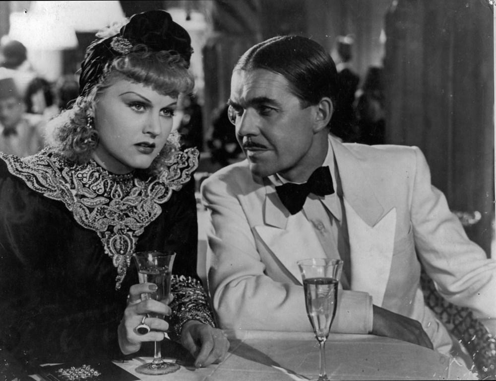 Marika Rökk and Franz Schafheitlin in Kora Terry (1940)