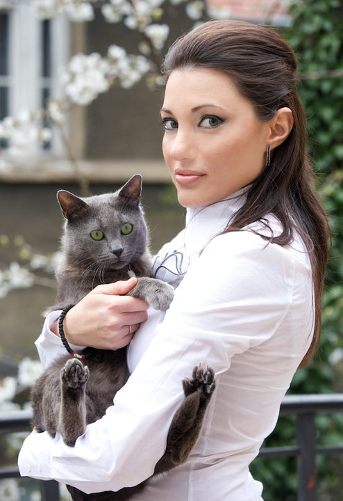 Neve Gachev female celebrities