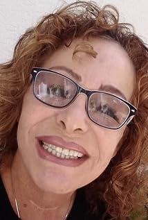 Violetta Anna Licari Picture
