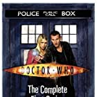 Christopher Eccleston and Billie Piper in Doctor Who (2005)