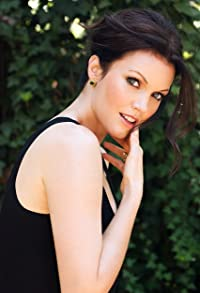 Primary photo for Bellamy Young