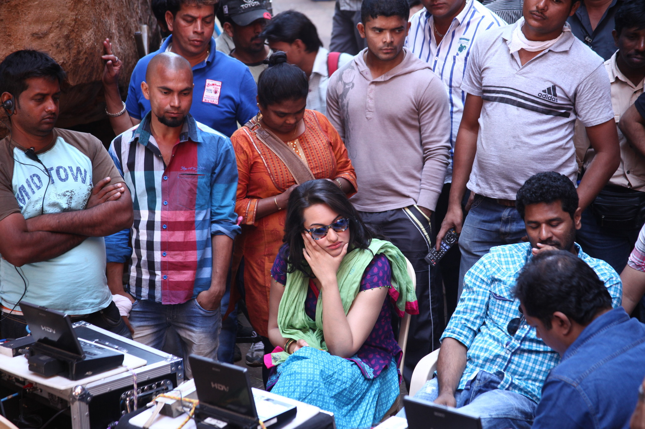 Sonakshi Sinha in Rowdy Rathore (2012)
