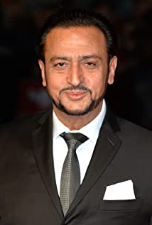 Gulshan Grover Picture