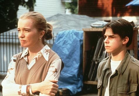 Max Ligosh and Karen Young in Joe the King (1999)