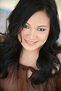 Sibyl Santiago Picture