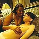 Mia Amber Davis and DJ Qualls in Road Trip (2000)