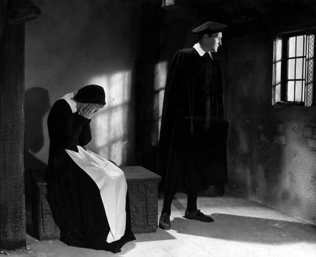 Preben Lerdorff Rye and Lisbeth Movin in Vredens dag (1943)