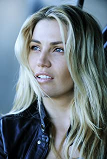 Willa Ford Picture
