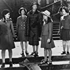 Maggie Smith, Jane Carr, Pamela Franklin, Diane Grayson, and Shirley Steedman in The Prime of Miss Jean Brodie (1969)