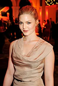 Primary photo for Holliday Grainger