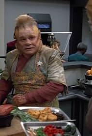 Jeri Ryan and Ethan Phillips in Star Trek: Voyager (1995)