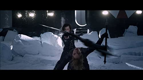 Alice fights alongside a resistance movement in the continuing battle against the Umbrella Corporation and the undead.