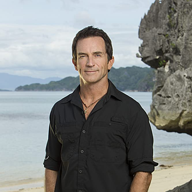 Jeff Probst in Survivor (2000)