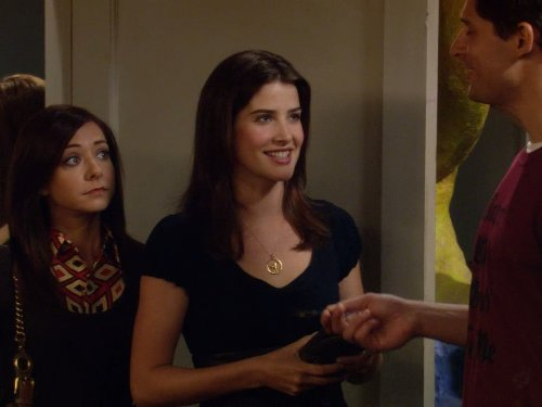 Alyson Hannigan, Joe Manganiello, and Cobie Smulders in How I Met Your Mother (2005)