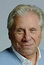 Robert Walden's primary photo