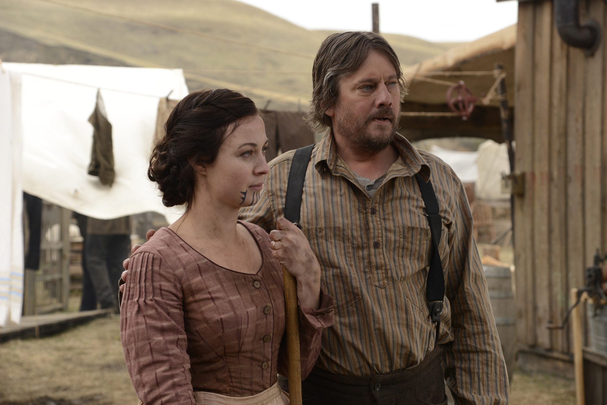 Duncan Ollerenshaw and Robin McLeavy in Hell on Wheels (2011)