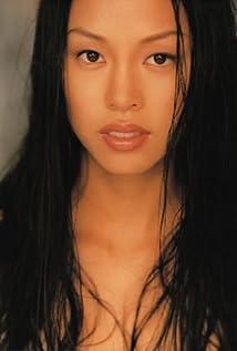Monica Lo Picture