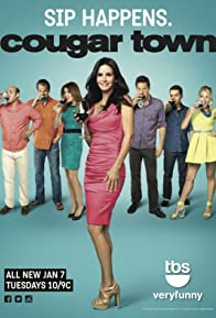 Primary photo for Cougar Town