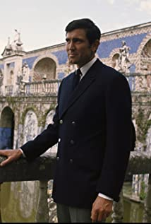 George Lazenby Picture