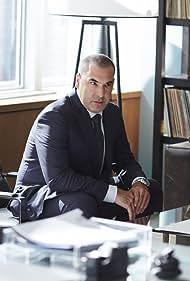 Rick Hoffman in Suits (2011)