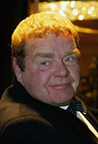 Primary photo for Geoffrey Hughes