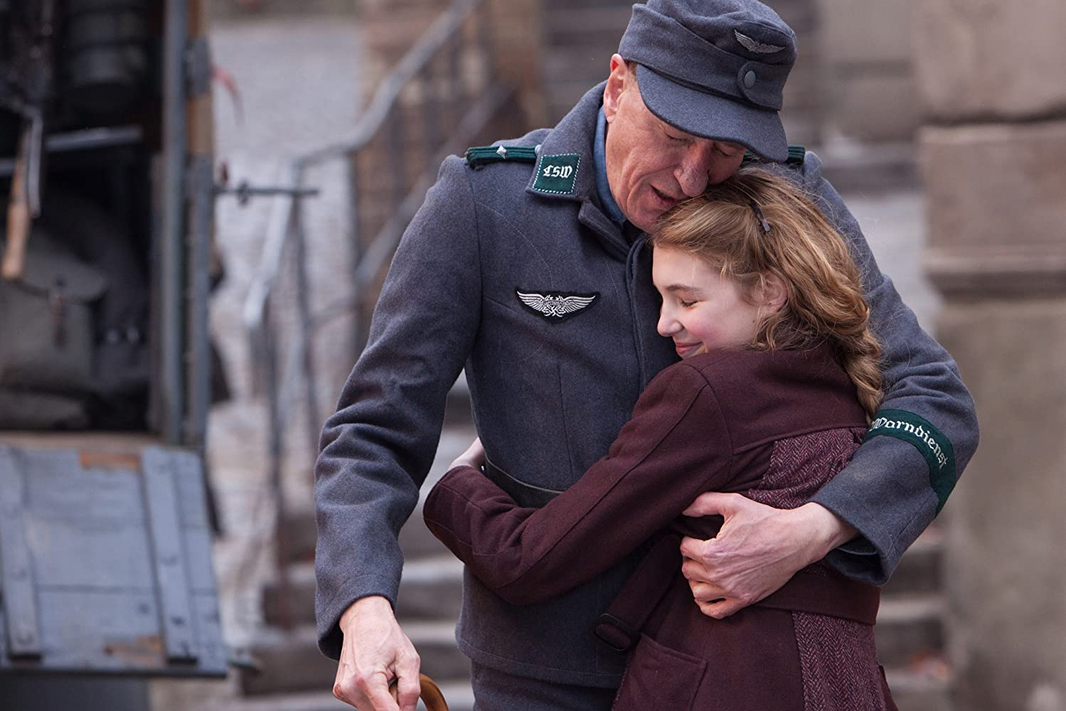 Geoffrey Rush and Sophie Nélisse in The Book Thief (2013)