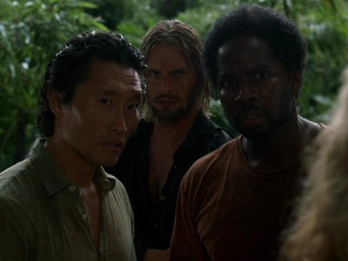 Daniel Dae Kim, Josh Holloway, and Harold Perrineau in Lost (2004)