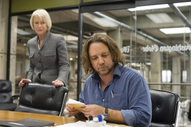 Russell Crowe and Helen Mirren in State of Play (2009)