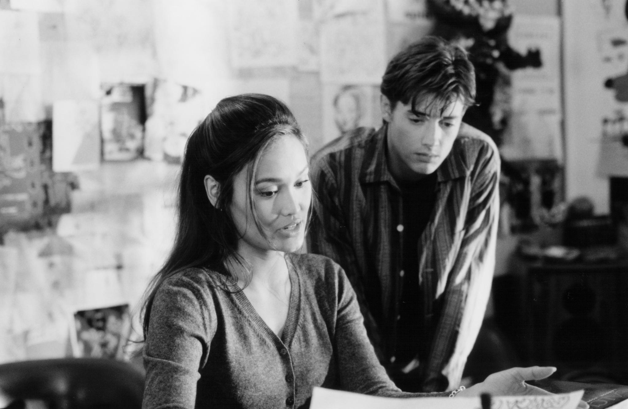 Tia Carrere and Jason London in My Teacher's Wife (1999)