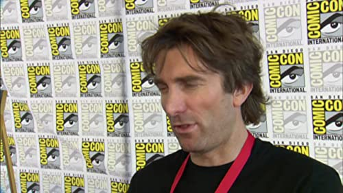 District 9: Comic-Con Footage with Sharlto Copley