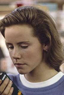 Amanda Peterson Picture