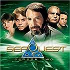 Jonathan Brandis, Roy Scheider, Rosalind Allen, Peter DeLuise, and Edward Kerr in Seaquest DSV (1993)