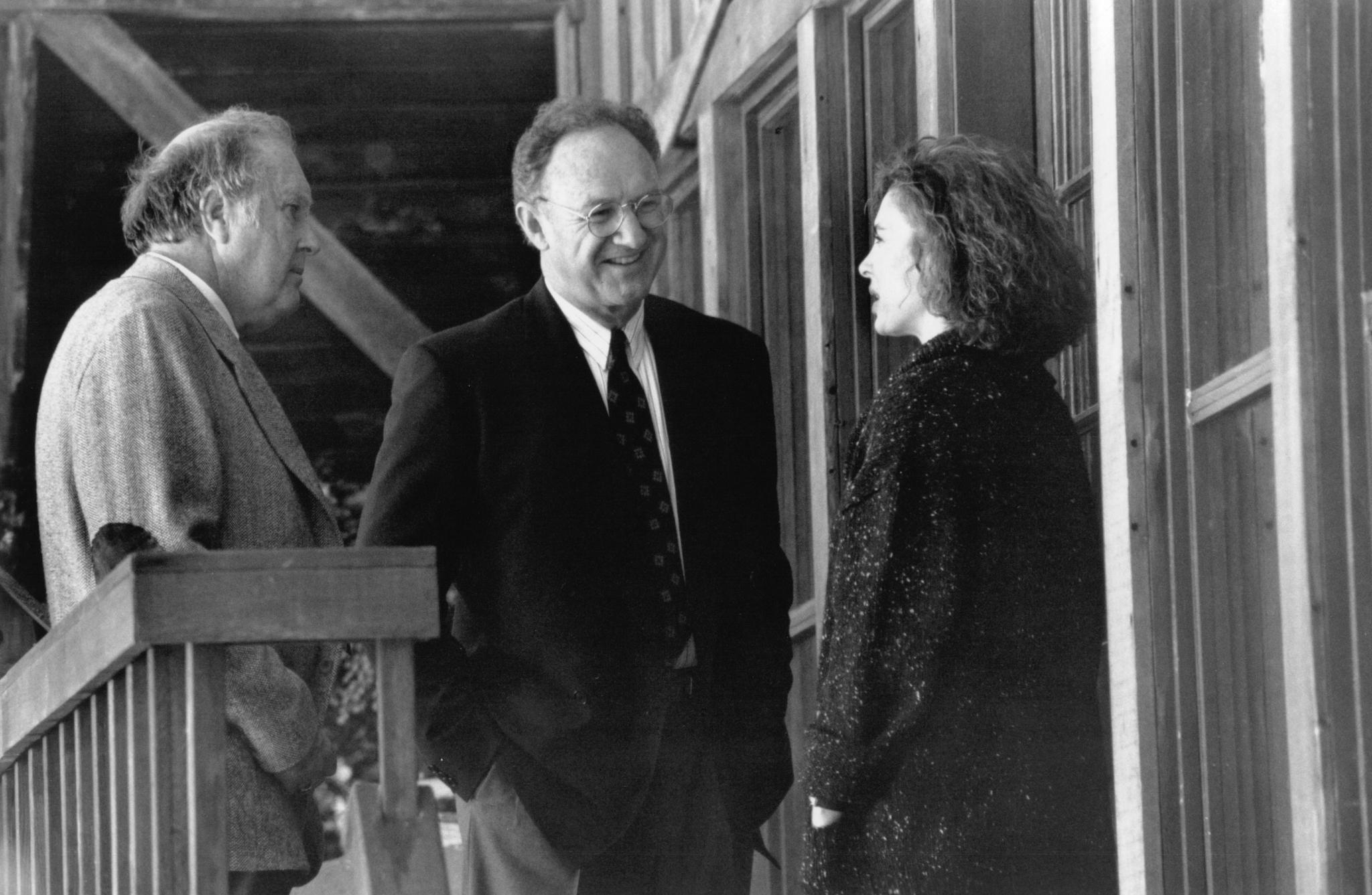 Anne Archer, Gene Hackman, and M. Emmet Walsh in Narrow Margin (1990)