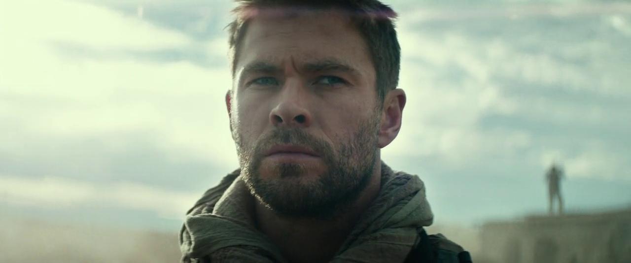Chris Hemsworth in 12 Strong (2018)