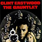 Clint Eastwood and Sondra Locke in The Gauntlet (1977)