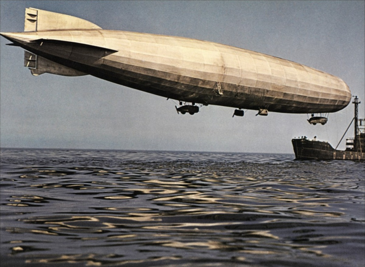 War Movie - Zeppelin 1971